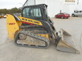 2013 New Holland C227 Skid Steer