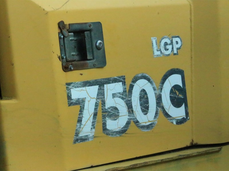2001 Deere 750C LGP Dozer