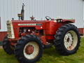 1967 Oliver 1850 Tractor
