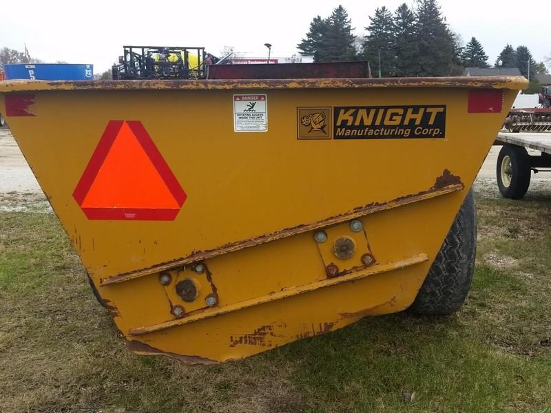 Kuhn Knight 8114 Manure Spreader