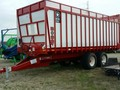 2018 Meyer 8124RT Forage Wagon