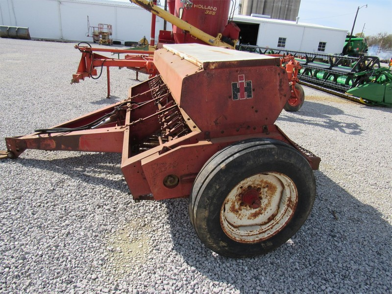 1970 International Harvester 510 Drill