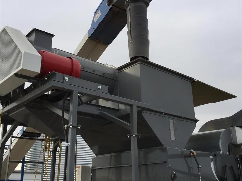 2011 Brandt 1545LP Augers and Conveyor