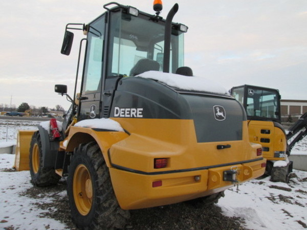 2016 Deere 324K Wheel Loader