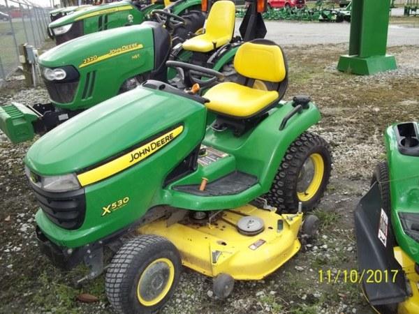 2012 John Deere X530 Lawn and Garden