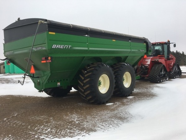 2010 Brent 1594 Grain Cart