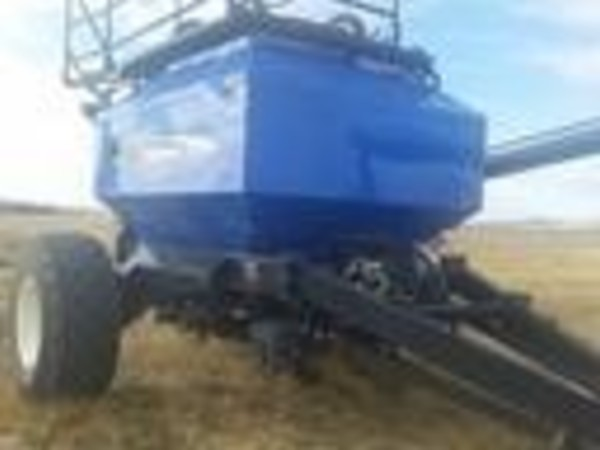 2007 New Holland SD440 Air Seeder