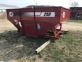 2016 J&M 250-7 Gravity Wagon