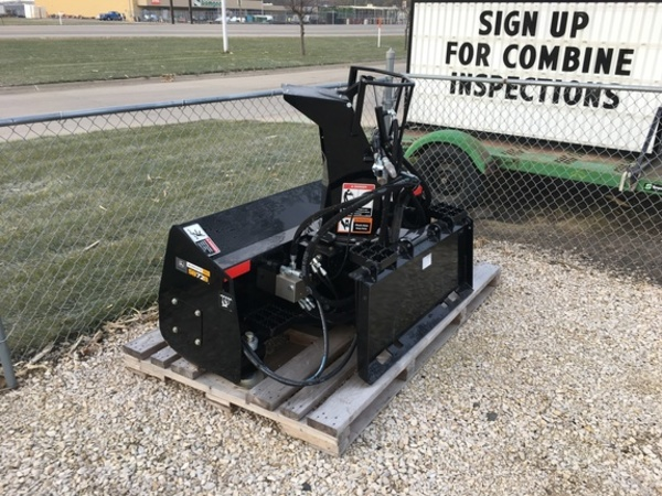2016 Deere SB72B Loader and Skid Steer Attachment