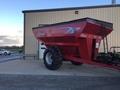 2010 Demco 850 Grain Cart