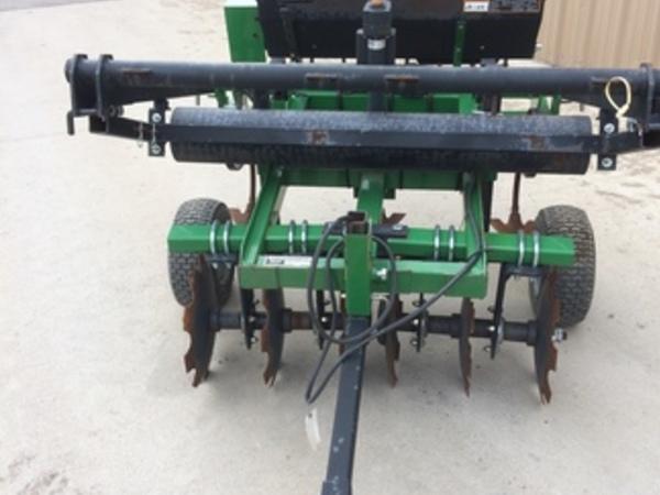 2014 Frontier FP2204 Drill