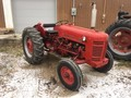 International Harvester 300 Tractor