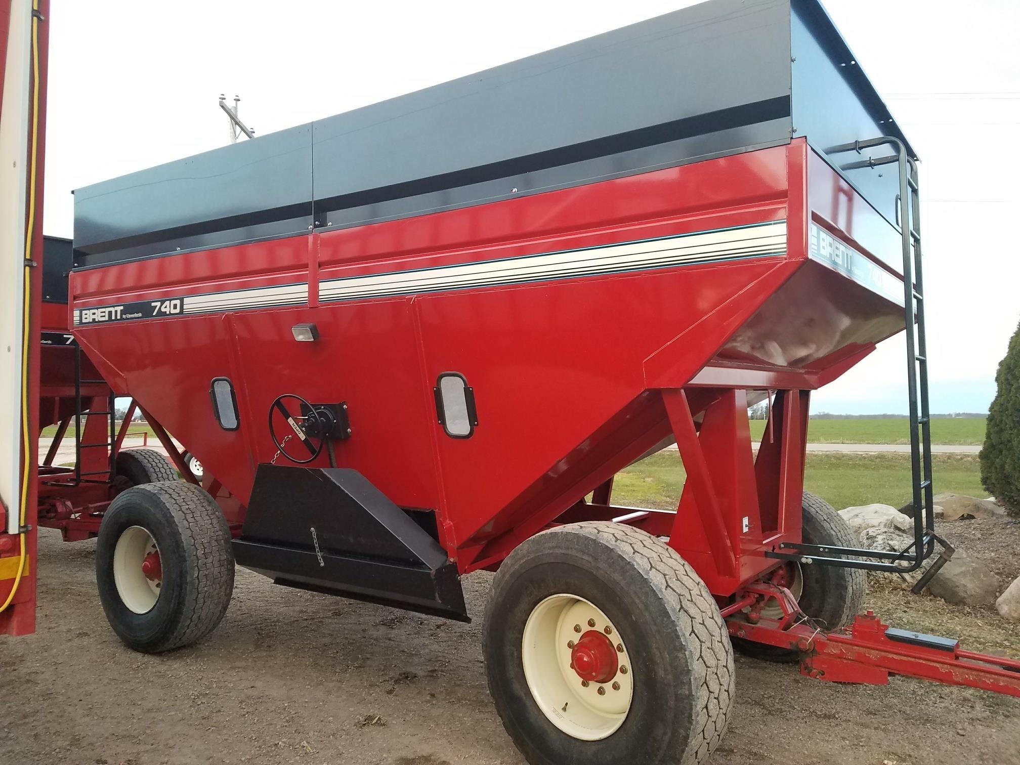 2004 Brent GT740 Gravity Wagon