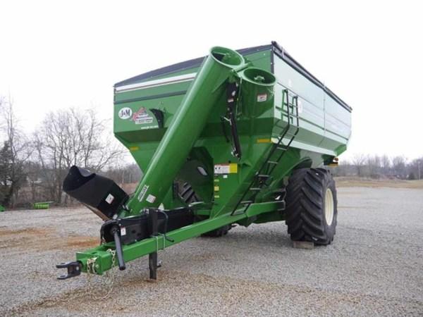 2017 J&M 1112 Grain Cart