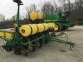 2001 John Deere 1750 Planter