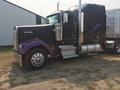 2004 Kenworth W900L Semi Truck