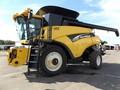 2004 New Holland CR970 Combine