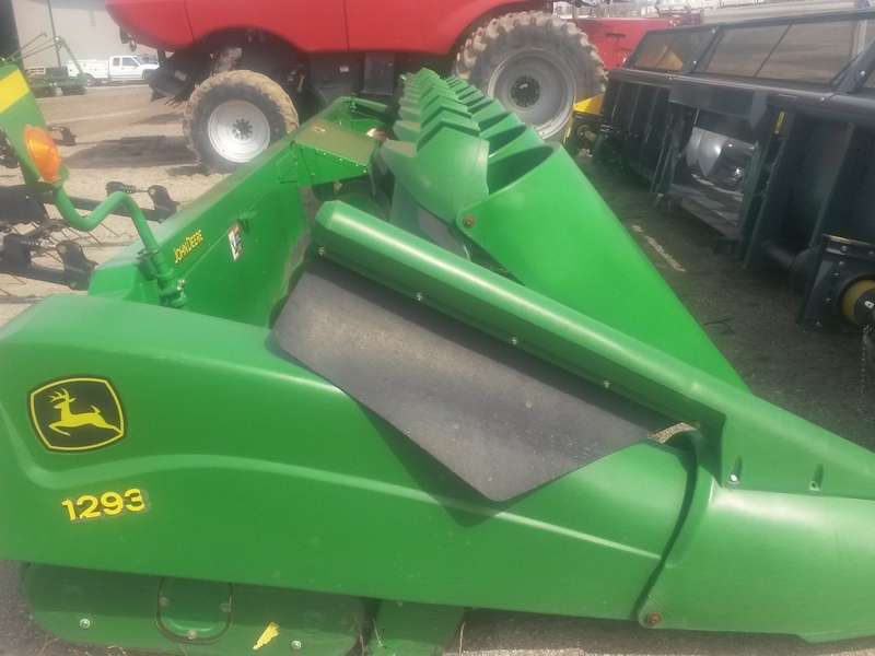 2007 Deere 1230 Loader and Skid Steer Attachment