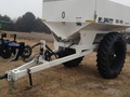 2018 Dalton Ag Products MOBILITY 800 Spreader Pull-Type Fertilizer Spreader