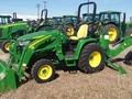 2016 John Deere 3033R Tractor