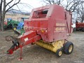 1997 New Holland 644 Round Baler
