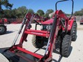 2017 Mahindra 2538 HST Tractor