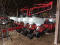 2010 White 8222 Planter