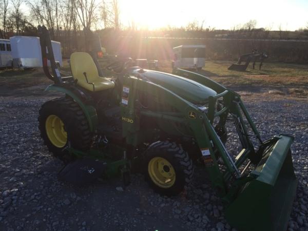 2012 John Deere 2320 Tractor