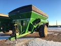 2014 Brent 1082 Grain Cart