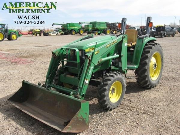 2000 John Deere 4600 Tractor