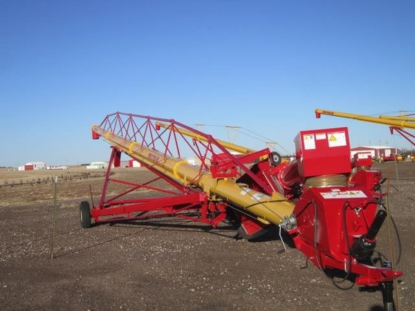 2016 Westfield MKX130-84 Augers and Conveyor