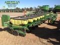 2010 John Deere 1720 Planter