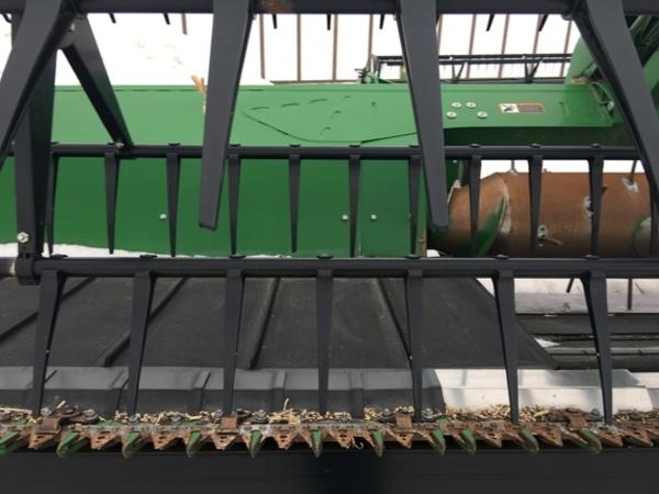 2016 John Deere 640FD Platform