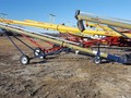 Harvest International T832 Augers and Conveyor