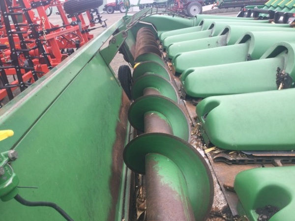 1980 John Deere 843 Corn Head