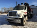 2007 International 7600 Semi Truck