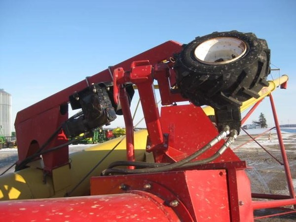 Westfield MK130-71 PLUS Augers and Conveyor