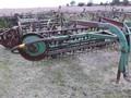John Deere 672 Rake