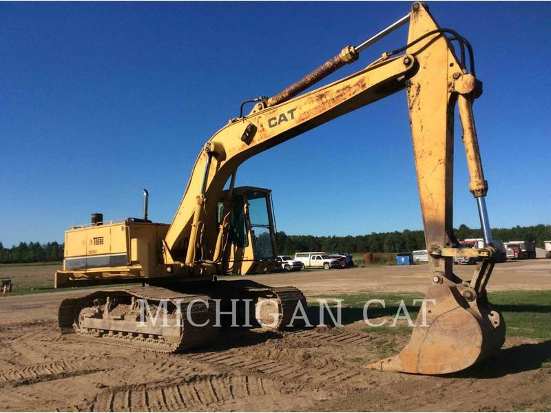 1987 Caterpillar 235B Excavators and Mini Excavator