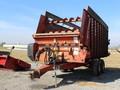 Meyer 4218 Forage Wagon