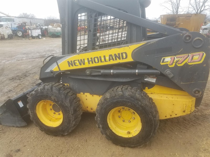 2000 New Holland L170 Skid Steer