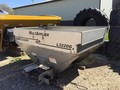 New Leader L3020 G4 Pull-Type Fertilizer Spreader