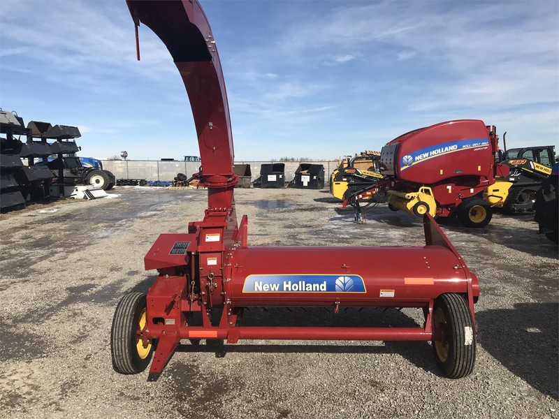 2018 New Holland 38 Pull-Type Forage Harvester