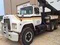 1981 Mack R686ST Semi Truck