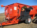 Kuhn Knight 3130 Grinders and Mixer