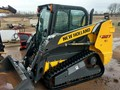 2014 New Holland C227 Skid Steer