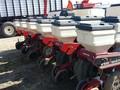 White 6100 Planter