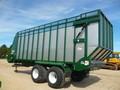 2017 Art's Way 8200 Forage Wagon