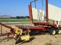 1971 New Holland 1035 Hay Stacking Equipment