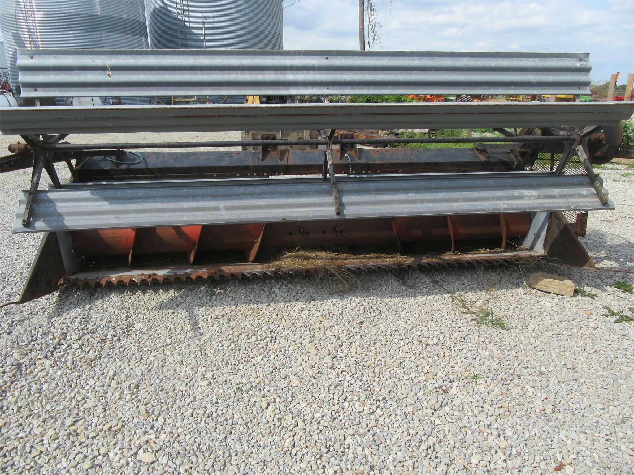 Gleaner 113 Platform